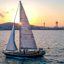 CAVA & SUNSET SAILING EXPERIENCE